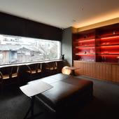 2階の待合室は、温かみを感じる居心地のいいオシャレな空間
