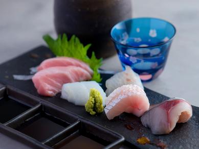 北九州ならではの旬の魚を味わえる『<おまかせ>刺身の盛り合わせ 3種盛り/4種盛り』