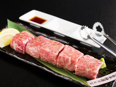 超厚切りボリューム満点の『仙台牛特選カルビ』