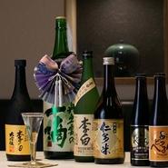明治15年、島根で創業した李白酒造の『李白』。さらには『奥出雲の一滴』『仁多米純米酒』など、島根の地酒が扱われています。また、関東ではあまりお目にかかれない島根県の地ビール『ビアへるん』もあります。