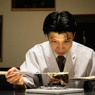 相手を敬い、その人の立場に立ったおもてなしを大切にしている小澤氏。自らの料理によって、ひとりひとりにとっての大切な一日が、特別な思い出として心の中に色濃く残ることを願います。