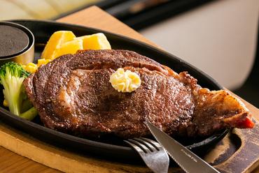 柔らかい食感、ヘルシーな『プライムリブアイステーキ 300g』