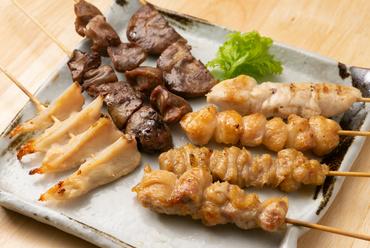 奥深い味わいと弾力ある食感。素材そのものの味を楽しむ『日本の焼き鳥』