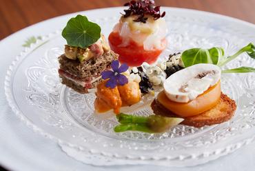 食べやすく、それでいて個性的『季節のオードブル4種』