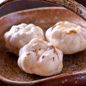 甘みと食感に多くの料理人が惚れ込む。冬の訪れを告げるの百合根