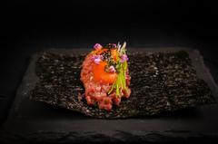 今年もスペシャルな食材をYANAGIならではのイノベーティブな料理でおもてなしさせていただきます。