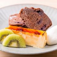 松本氏こだわりの手づくりスイーツ。チーズケーキやプリンのほか、焼き菓子などもいただけます。食後のスイーツとしても、「ちょっと休憩したい」なんて時にもピッタリの一品です。