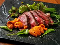 オマール海老を丸ごと一尾使用、海老の旨味にトマトの爽やかな酸味がアクセント。風味豊かなソースに、平打ちの生パスタ絶妙に絡み合う逸品です。