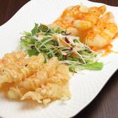 お得で嬉しい!一皿でふたつの味を楽しめる『プリプリ海老の双味マヨネーズ』