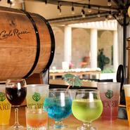 女性人気の高いオリジナルカクテルやワインも用意
