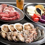 お肉も魚介もたっぷり楽しめる『シーフードBBQ』