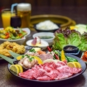 お肉も野菜も一品料理もいただける、豪華な『食べ放題』