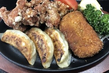 3種類のオススメ料理をまとめて味わえる『京香 ヤバイ定食No.1』