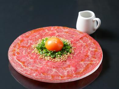 三者三様の喜び『肉寿司三貫食べ比べ』