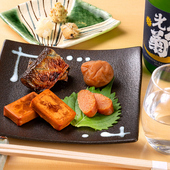 日本酒をよりおいしく味わうことを目的にしたコースが楽しめる
