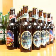 アルコールの種類が多いので、飲み会にオススメです。インドやネパール、シンガポールなど、世界各国のビールが楽しめるのも魅力のひとつ。なかなかお目にかかれないビールの中から、好みの味を探してみませんか。