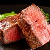 全国各地の厳選和牛をこだわりの炉窯で焼き上げる『料理長厳選の窯焼きステーキ』