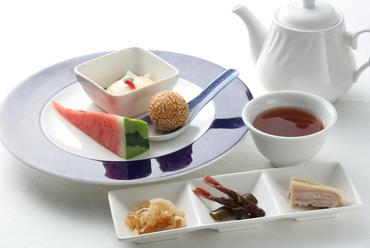 前菜からデザートまで中華料理を堪能できる人気の『コース料理』