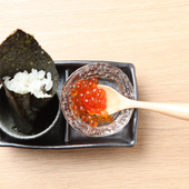 一口こぼれイクラ寿司