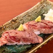 愛鷹牛を軽く炙り握り寿司でどうぞ。