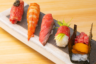 華やかに魅了する『肉寿司』