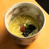 白濁本スープの一口ラーメン
