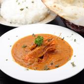 ネパールで10年以上経験を積んだシェフによる本格スパイス料理を