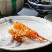 和食出身の料理人によるこだわりの串揚げを堪能できる