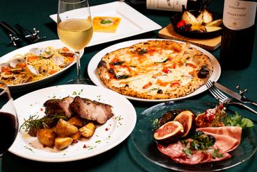 人気の料理を特別コースで楽しむなら『ヒトサラコース』