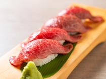 日々選りすぐられる赤身の上質な部分のみを使用『特選炙り寿司』
