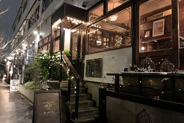 ちょっとした会食や宴会にぴったりの温かみのある空間