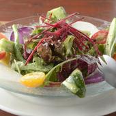 季節野菜たっぷりのガーデングリーンサラダ