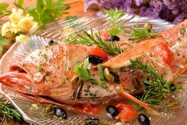 ★本日の鮮魚のアクアパッツァ with バゲット