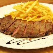 ボリュームのあるステーキもございます
