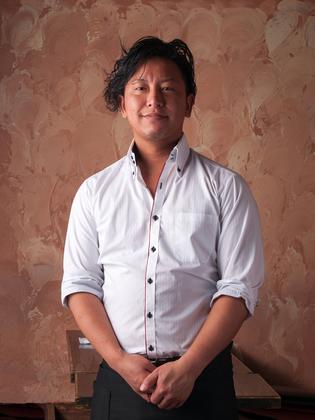 直井 賢治 氏