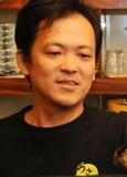 三本京右 氏