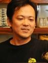 三本 京右 氏