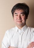 片桐 宏 氏