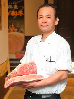 野村 浩三 氏 野村 浩三 氏 ノムラ コウゾウ アルバイトで出会った食の世界で洋食を... 松