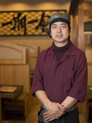 山本 晃 氏