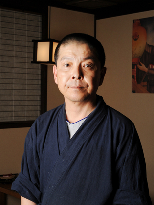 川端 志 氏