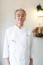 山田 勝 氏