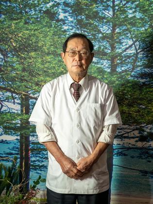 藤井 敬司 氏