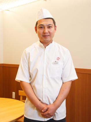 王 長海 氏