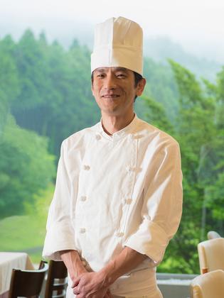 西川 芳治 氏
