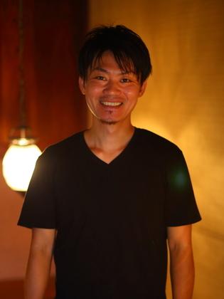 高柳 輝人 氏