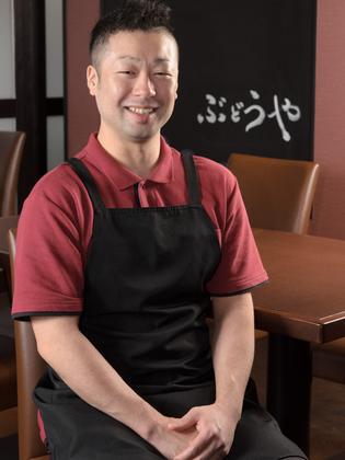 林 毅浩 氏