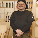 山野 隆志 氏