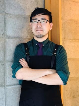 セキネ トモイキ 氏