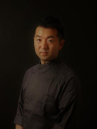 川田 智也 氏